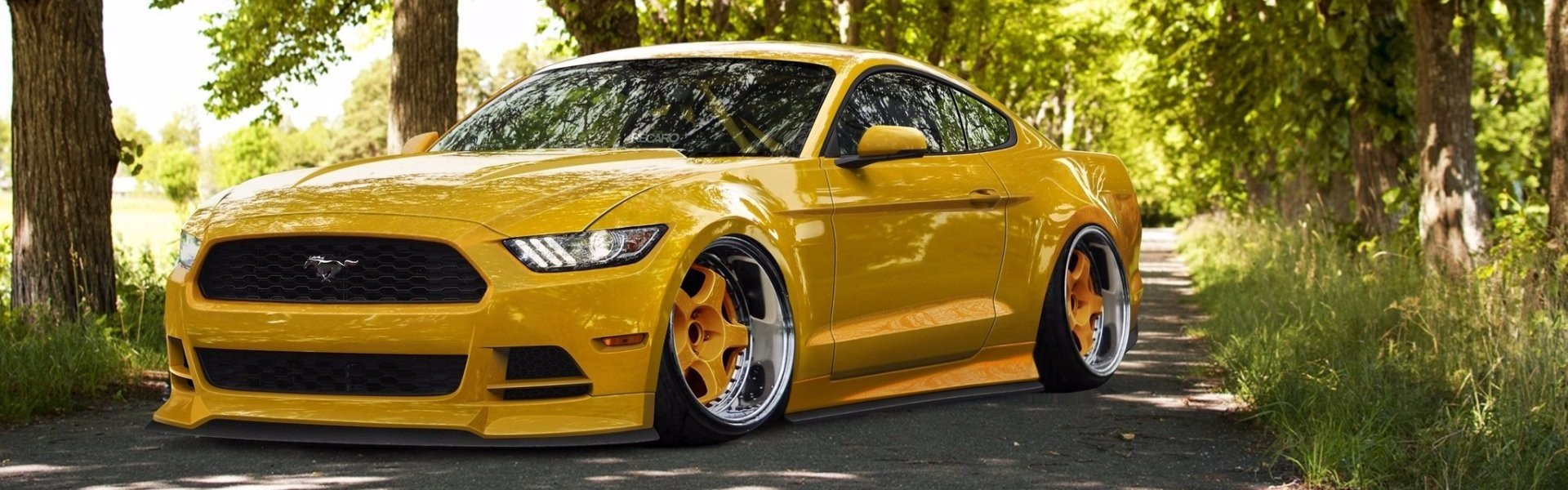 Ford Mustang 2015 yellow stance-тюнинг
